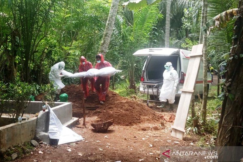 Tim gugus tugas Limapuluh Kota diusir saat akan makamkan pasien positif COVID-19