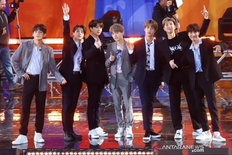 BTS akan tayangkan konser-konsernya gratis di YouTube