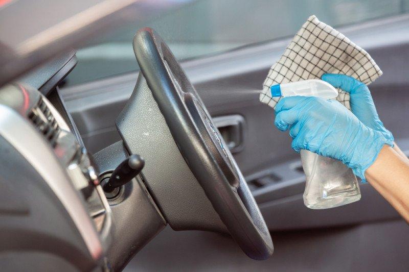 Begini cara agar aman mengendarai mobil di tengah virus corona