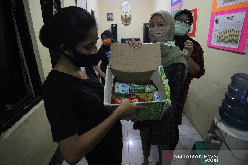 Food Station: Penyaluran paket sembako sebulan dua kali saat PSBB
