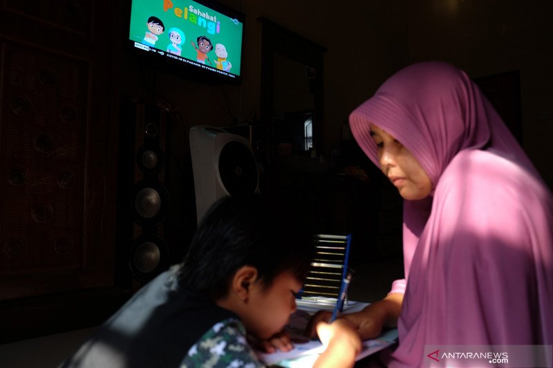Psikolog klinis: Orang tua berperan penting dalam pengasuhan anak
