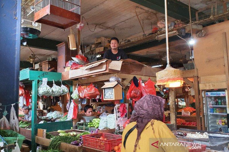 Pengelola akan minta pedagang Pasar Senen pulang jika tak pakai masker