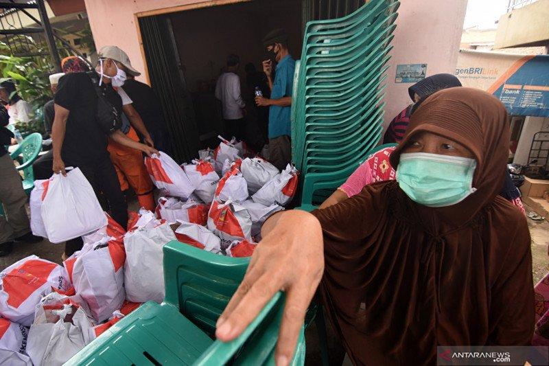 Paket bantuan sembako pemerintah berisi beras sampai sabun mandi