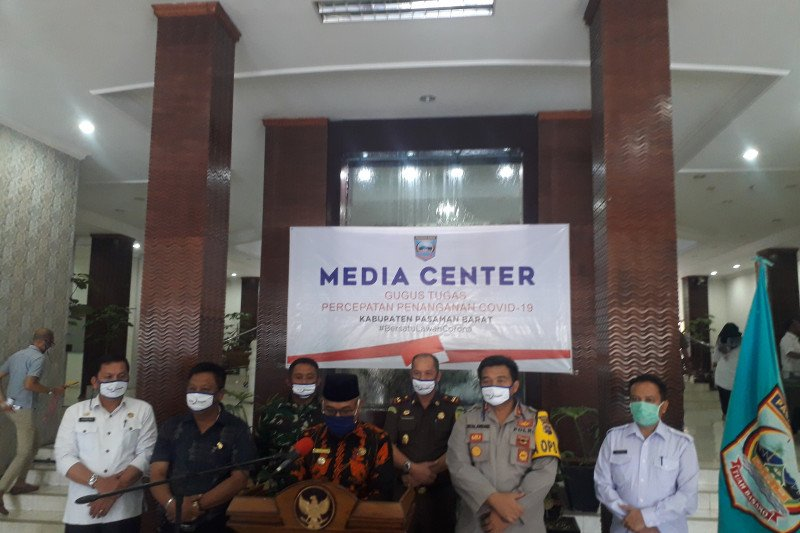 Positif COVID-19, pasien di Pasaman Barat dievakuasi ke RS Unand