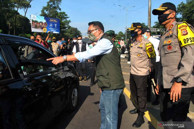 Gubernur Jabar pantau pelaksanaan PSBB di Bogor dan Depok