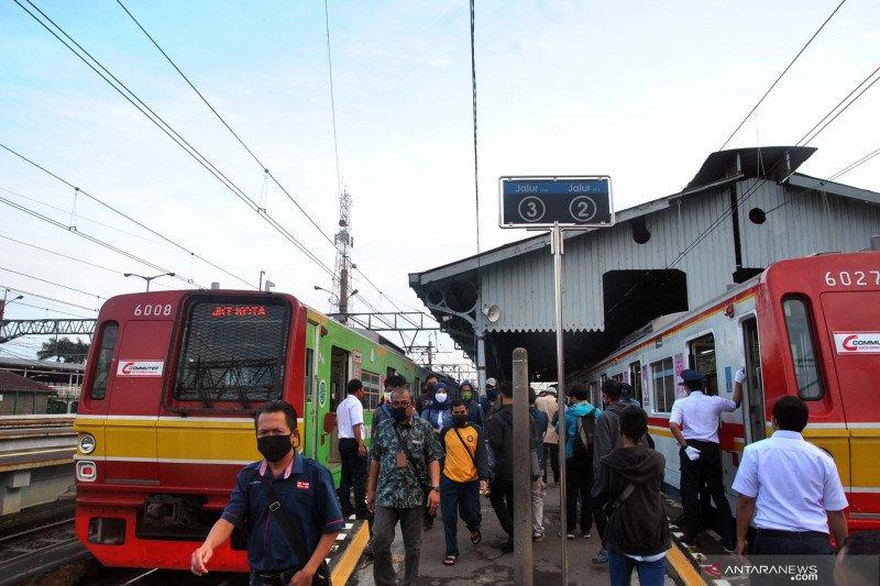 Bupati Bogor desak Kemenhub kaji ulang aturan operasional KRL