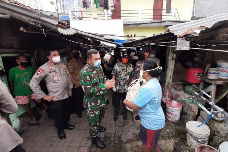Pangdam Jaya ajak masyarakat gotong royong lawan COVID-19
