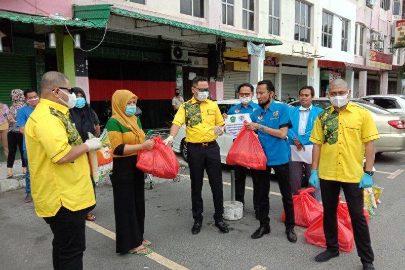 KNPI-Gerakan Belia 4B Malaysia bantu WNI terdampak COVID-19