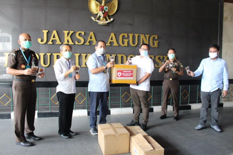 Satgas Lawan COVID-19 DPR serahkan bantuan APD pada RSU Adhyaksa
