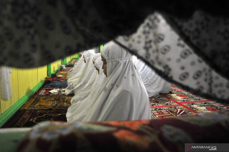 Shalat tarawih Jamaah Naqsabandiyah