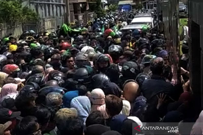 Kepala Polda Banten ingatkan protokol kesehatan dan hindari kerumunan