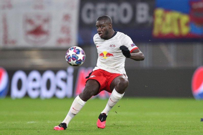 Kecewakan duo Manchester, Dayot Upamecano tetap di RB Leipzig