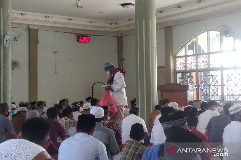 Muslim Wondama masih laksanakan shalat Jumat dan Tarawih