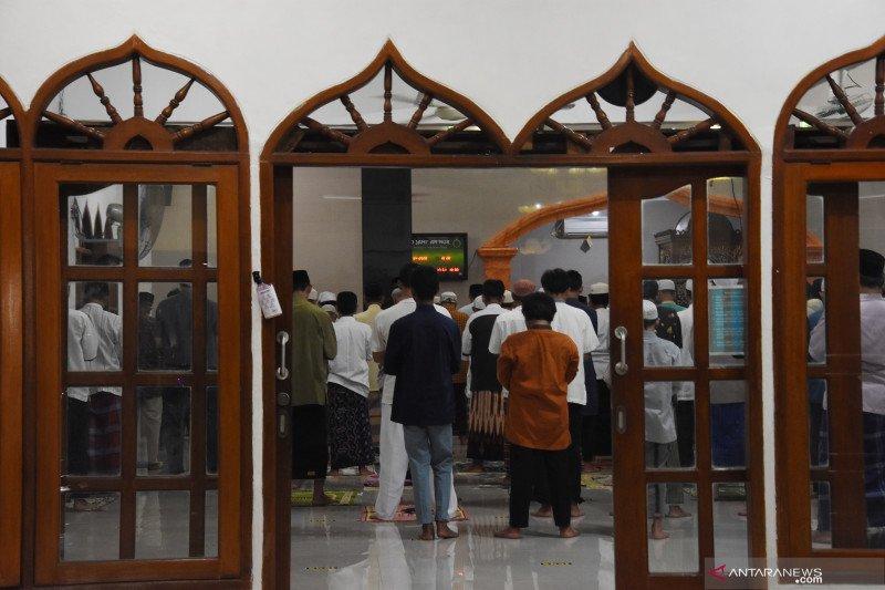 Pemerintah izinkan masyarakat ibadah Ramadhan di luar rumah