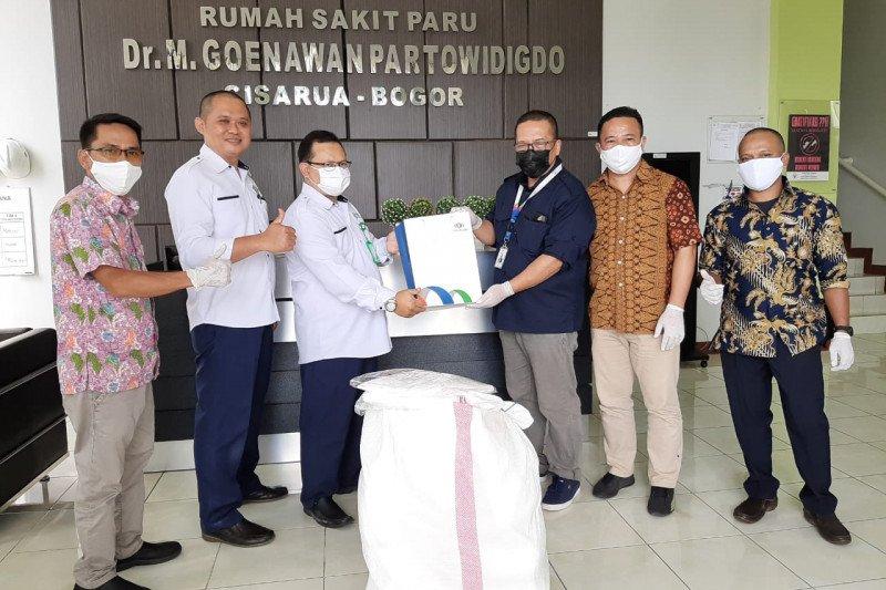 Lawan Covid-19, Indonesia Re sumbang ratusan APD ke sejumlah rumah sakit
