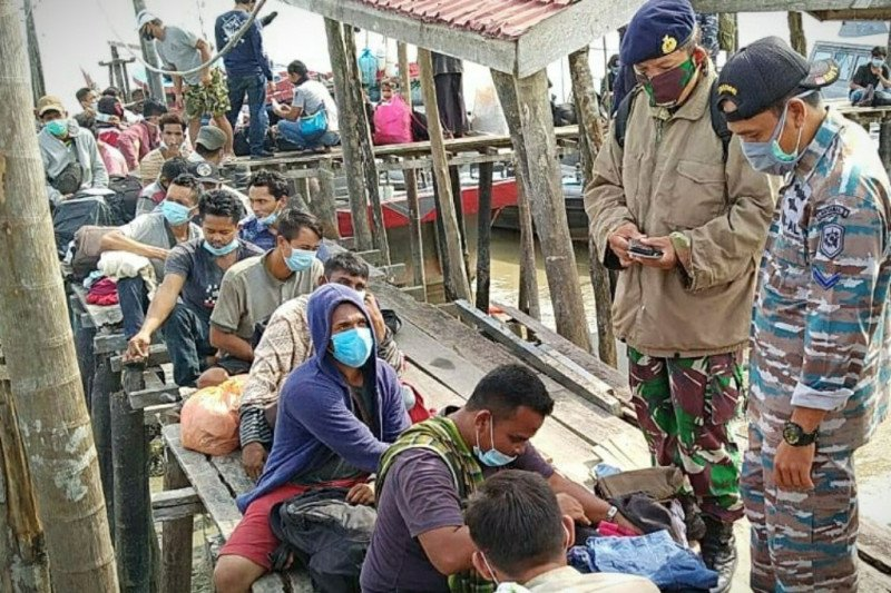 Lanal Tanjung Balai Asahan kembali amankan 44 TKI ilegal dari Malaysia