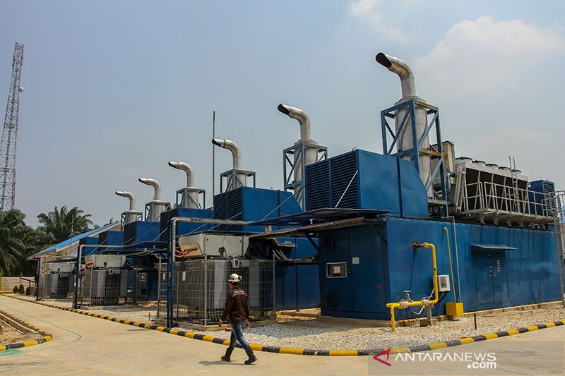 Kado Lebaran, PLN sambung listrik 7 desa terpencil di Riau