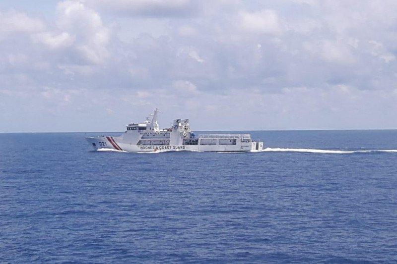Tim SAR lintas negara cari pelaku illegal fishing tenggelam di Natuna