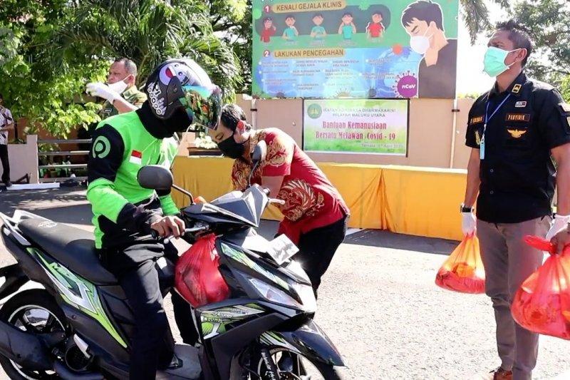 Aksi bagi sembako di Ternate