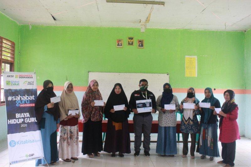 ACT Maluku bantu biaya hidup guru honorer di Kota Ambon