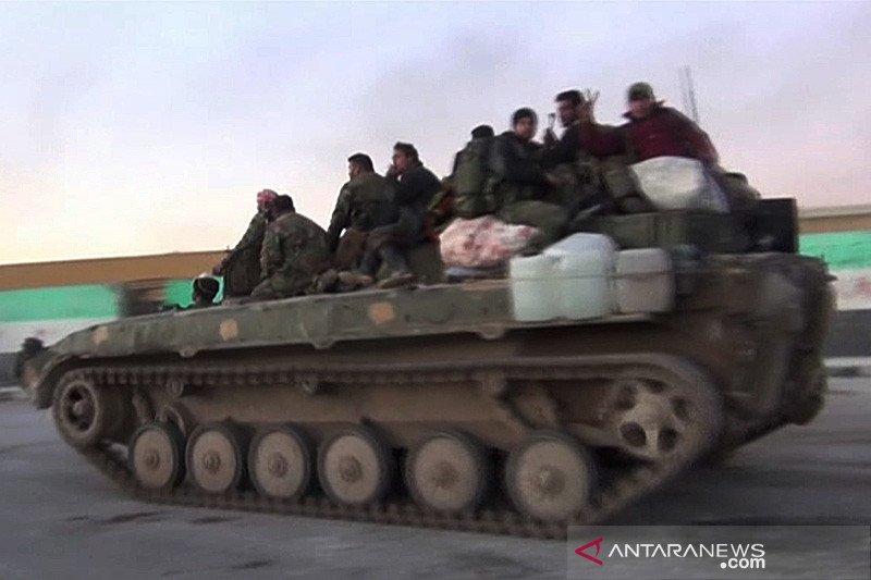 Menhan Israel sebut Iran mulai menarik pasukan dari Suriah