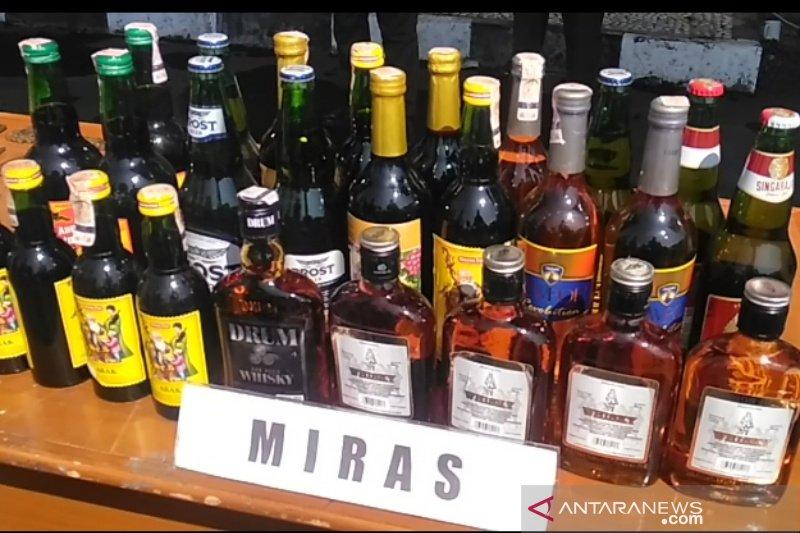 Simalakama investasi minuman beralkohol untuk Bali-NTT-Sulut-Papua