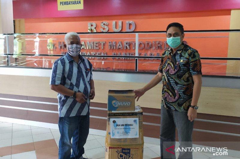 Cegah COVID-19, Universitas Brawijaya bantu APD RSUD Pamekasan