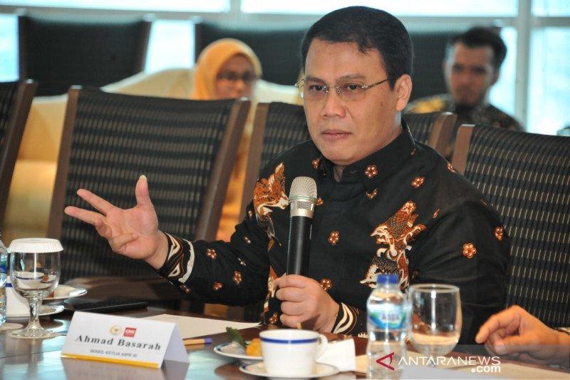 Ahmad Basarah dianugerahi tanda kehormatan Bintang Jasa Utama