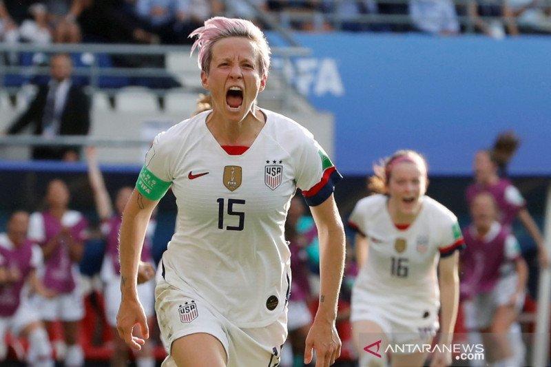 Atlet-atlet putri AS bangga punya wapres perempuan pertama