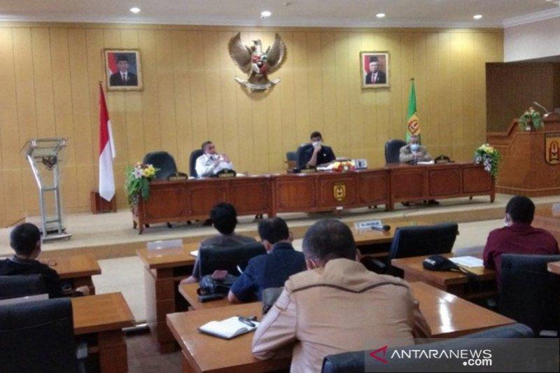 Bahas kesiapan PSBB, DPRD undang Wali Kota Banjarbaru-Kalsel