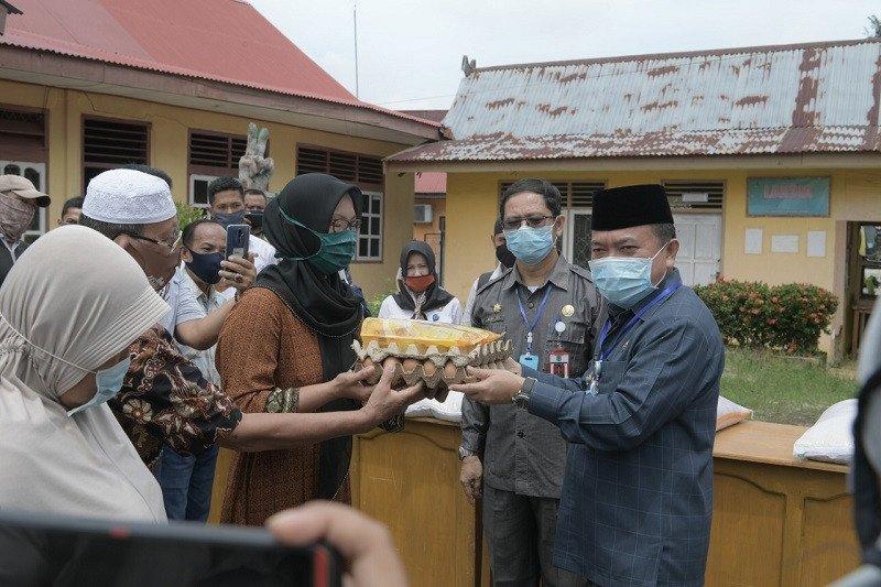 Pemkab Merangin salurkan bantuan sembako untuk 10.700 KK