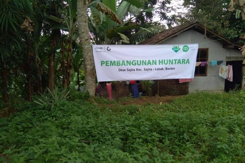Inisiatif Zakat Indonesia bangun hunian sementara di Lebak