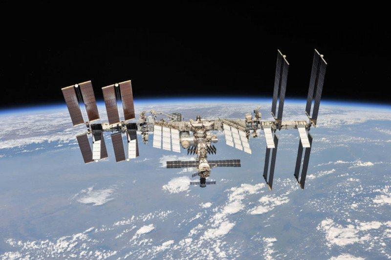 NASA, Tom Cruise dan SpaceX akan buat film di luar angkasa