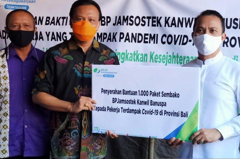 BPJAMSOSTEK Banuspa bantu 1.000 paket sembako bagi korban PHK di Bali