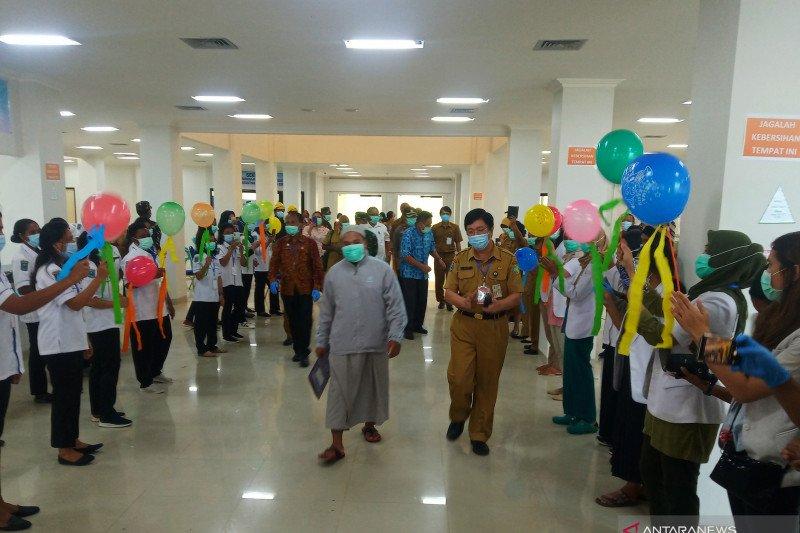 Pasien sembuh COVID-19 di Manokwari dipulangkan
