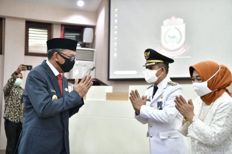 Gubernur Sulsel melantik Penjabat Wali Kota Makassar Yusran Jusuf