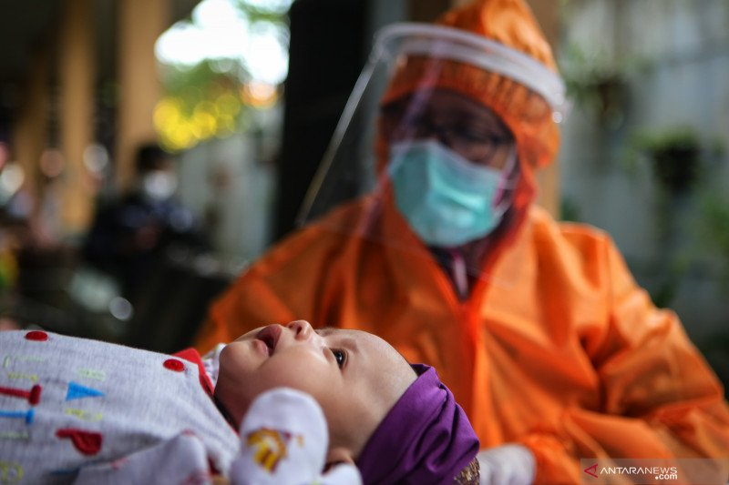 Bayi sembilan bulan di Kediri positif corona