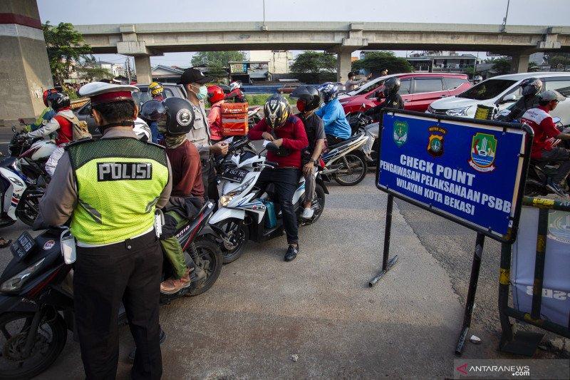 Anies: Tak ada kewenangan DKI paksakan PSBB pada wilayah lain