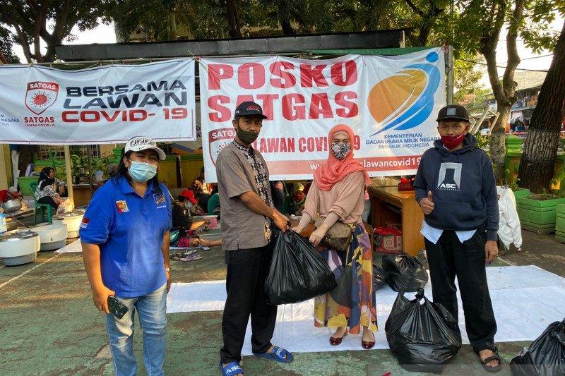 Anggota PIA DPR galang solidaritas membantu Posko Satgas COVID-19