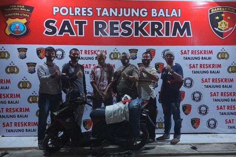 Polres Tanjung Balai ringkus nelayan curi dua HP senilai Rp15 juta