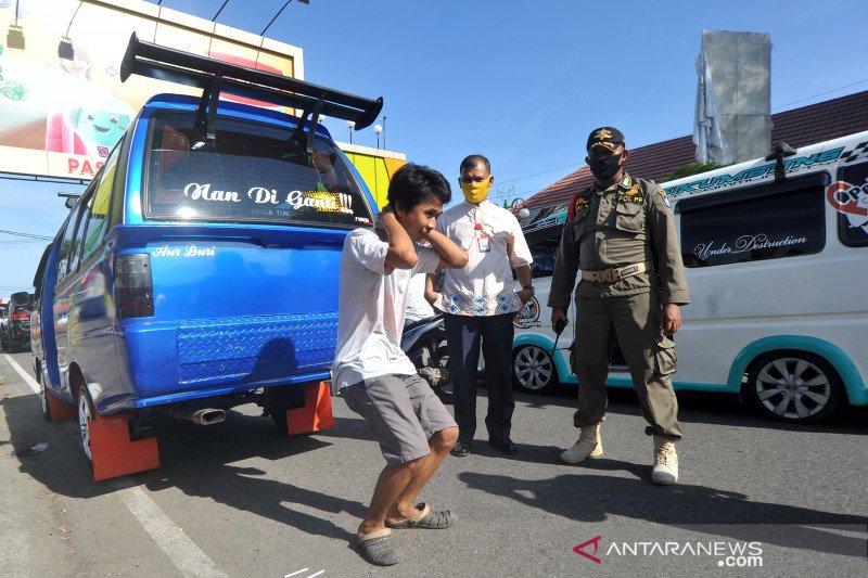 Hukuman bagi pelanggar aturan wajib bermasker di Padang