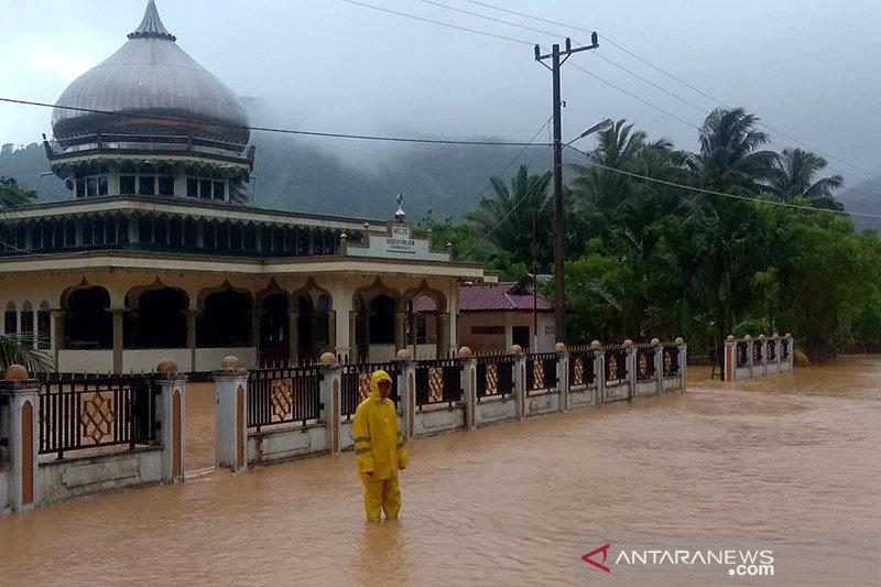 Banjir kembali rendam rumah warga di Lhoong Aceh Besar