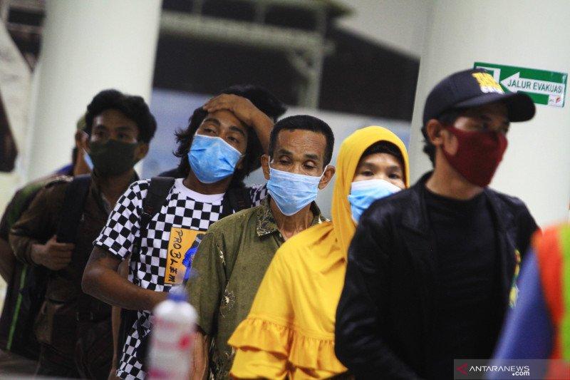 Pemulangan pekerja migran Indonesia ke Semarang