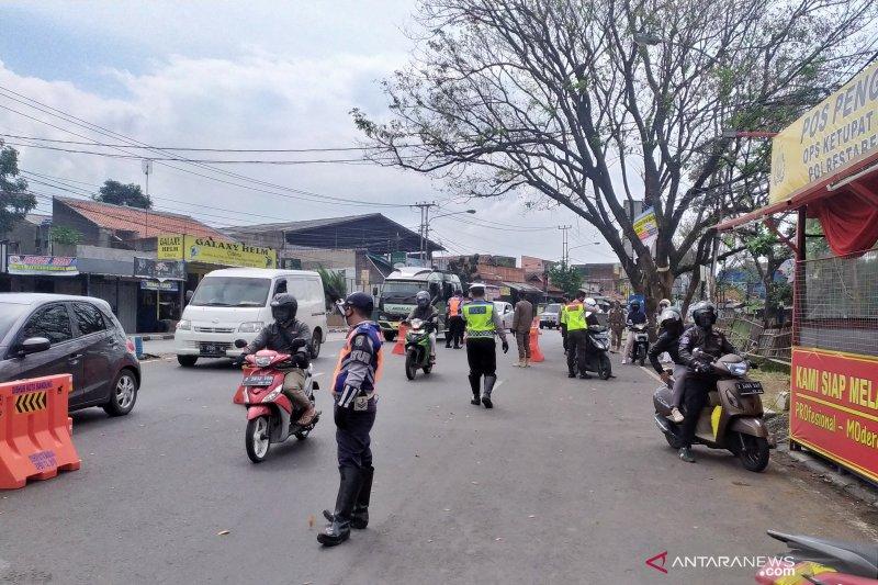 Pemkot Bandung akan kaji rekomendasi Gubernur soal PSBB parsial