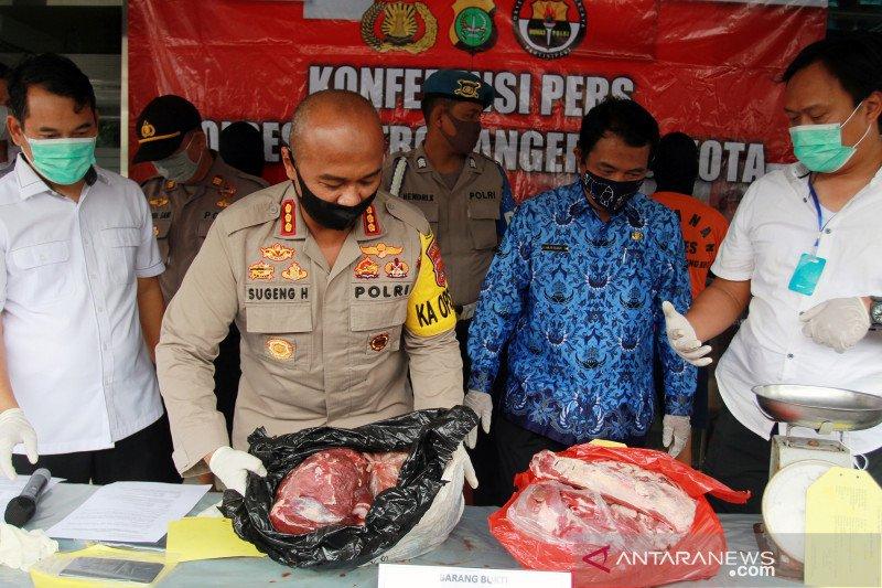 Kasus oplosan daging sapi dengan daging babi di Tangerang