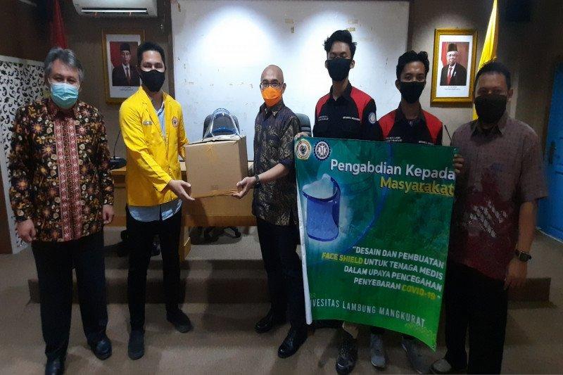 Pelindung wajah karya mahasiswa ULM bantu penanganan COVID-19