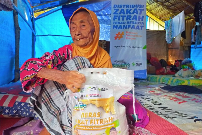 Global Zakat dan ACT salurkan zakat fitrah di Maluku
