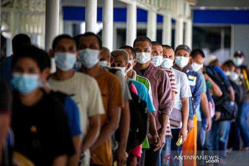 521 pekerja migran Indonesia masih jalani karantina di Batam