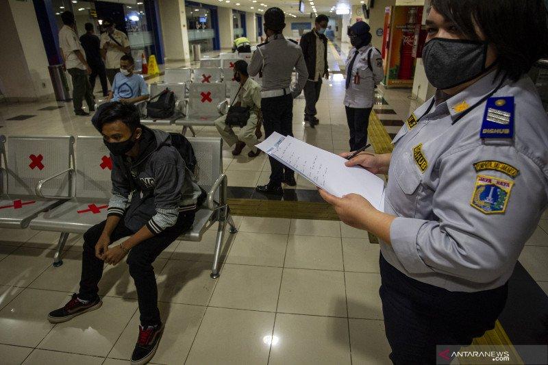 193 penumpang tiba di Terminal Pulo Gebang pada 9-23 Mei 2020