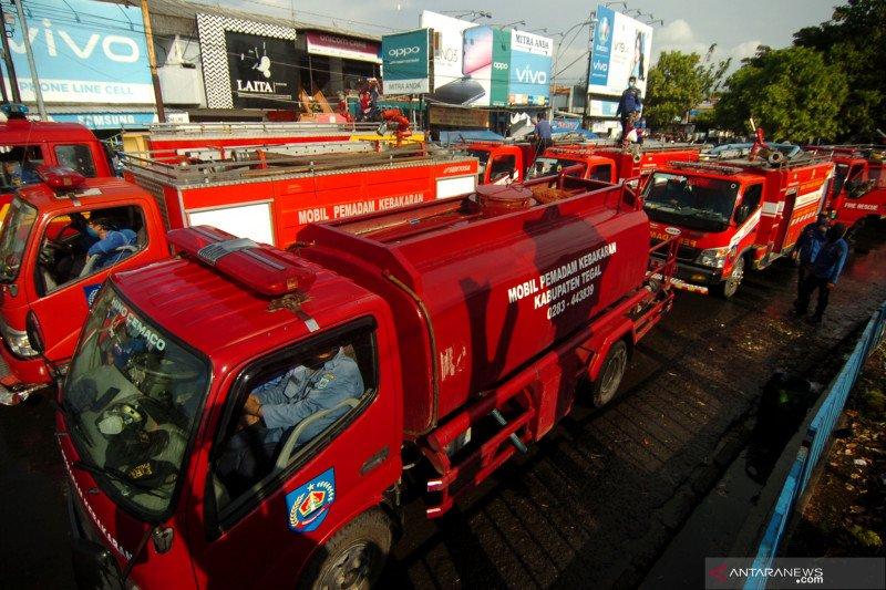 Polisi di Bali tindak pengemudi yang viral diduga halangi mobil Damkar